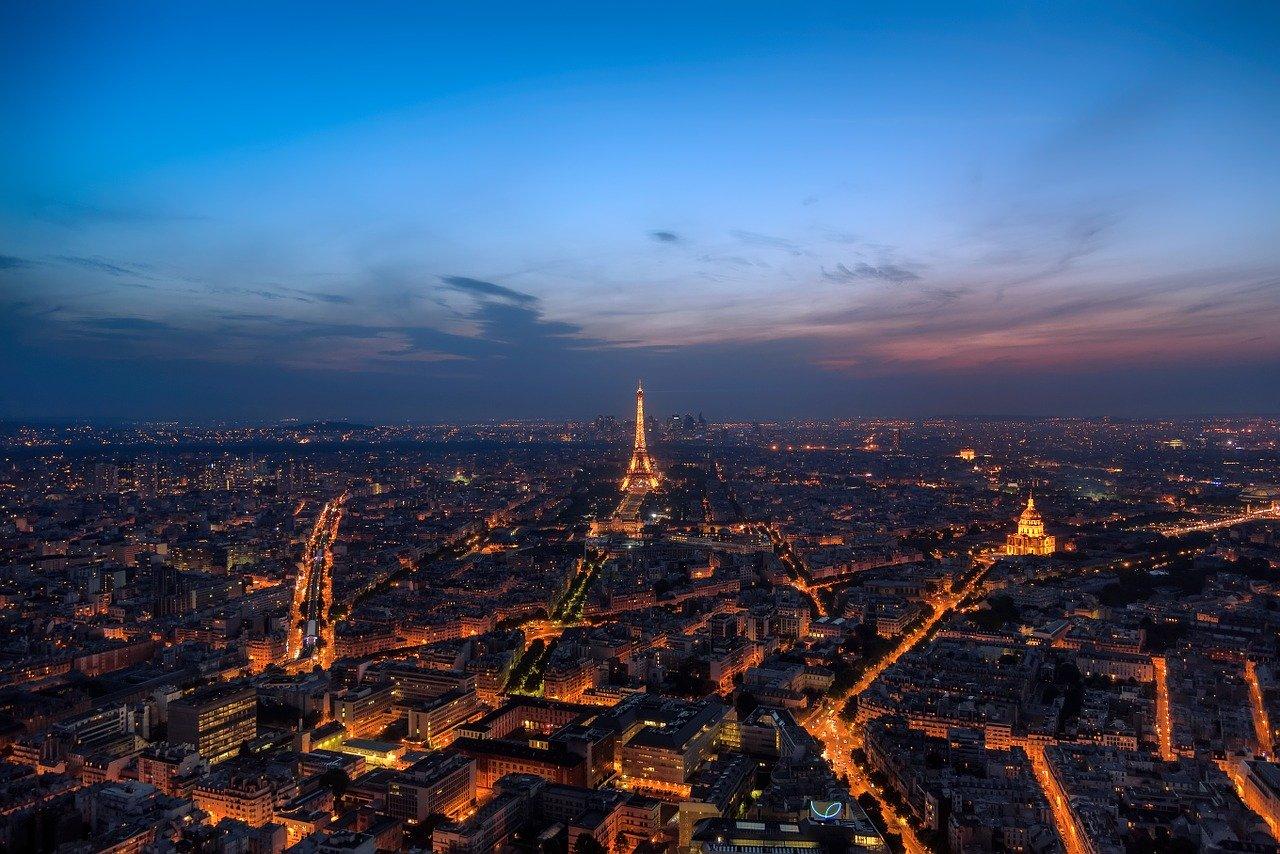 paris-1254781_1280